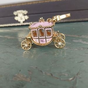 JUICY COUTURE CARRIAGE CHARM💎💎💎👸👸👸
